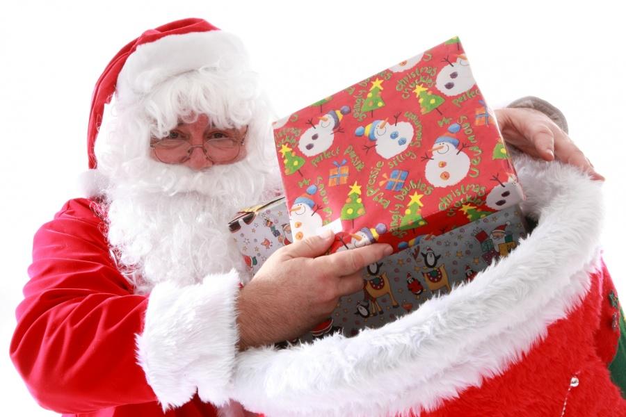santa-with-christmas-presents.jpg